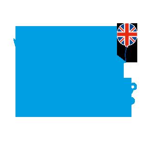 blaues Kueken mit Union Jack und Teddybaer